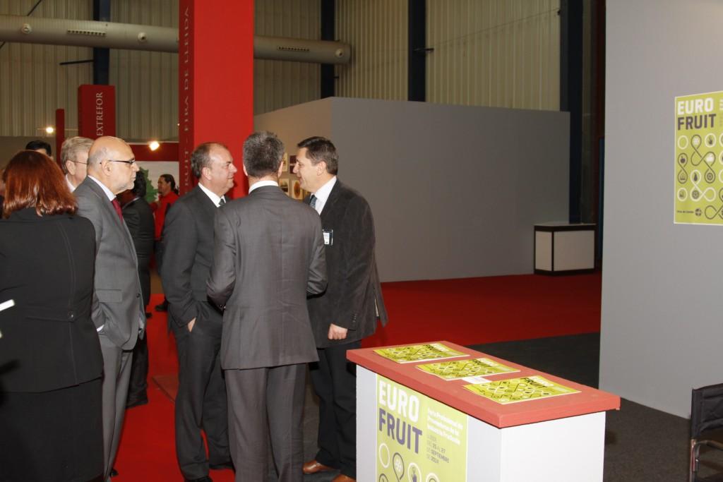 Visita del president d'Extremadura, J.A. Monago, a l'estand d'Eurofruit - Fira de Lleida